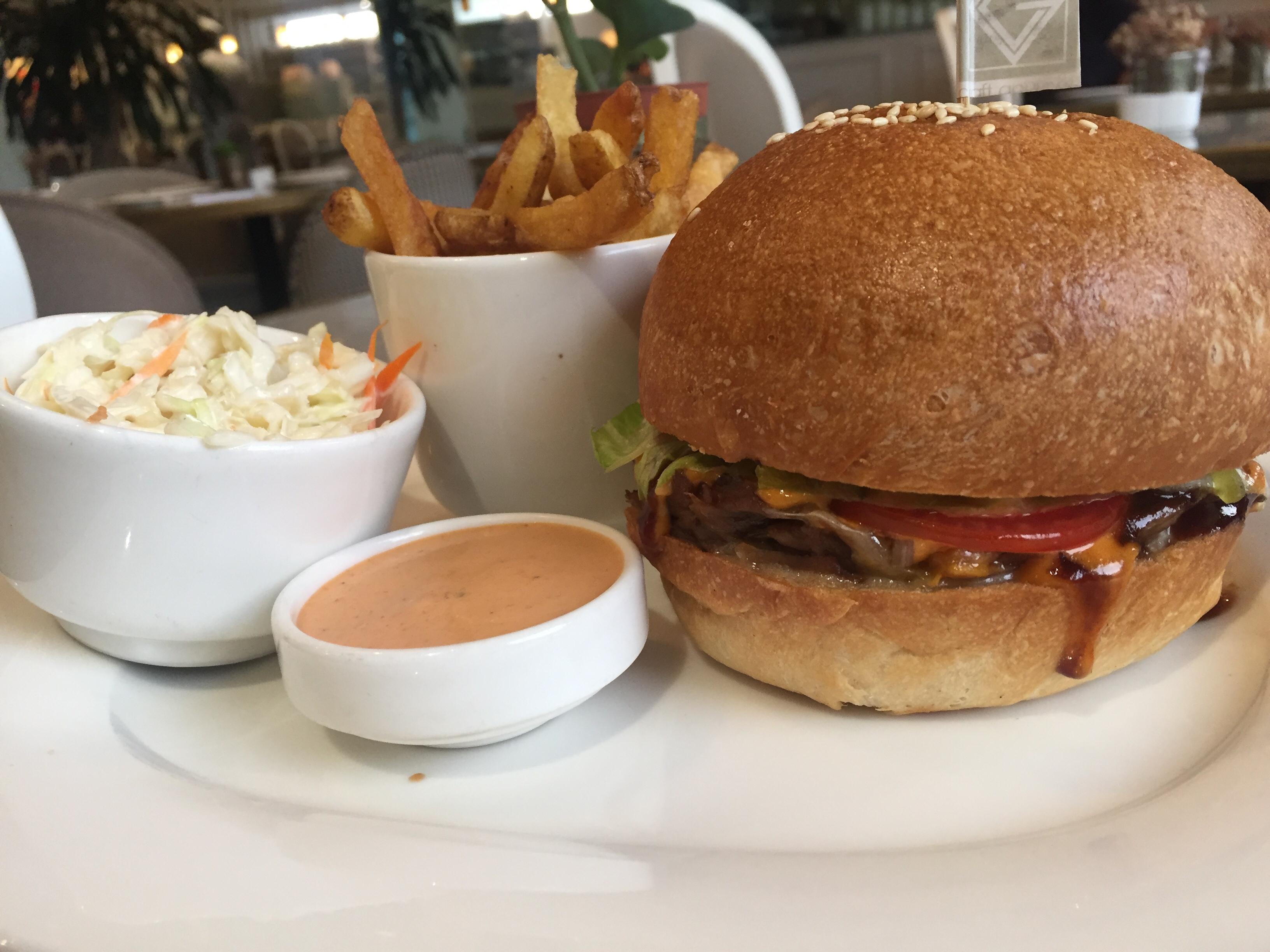 Pull lamb burger - Craft Gourmet-eyinimofe.com